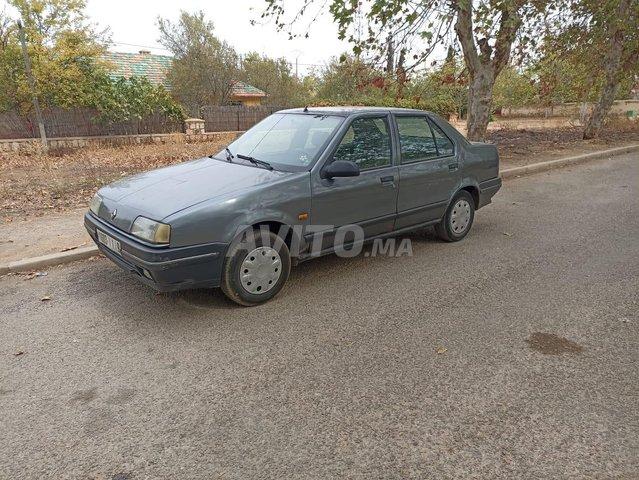 Renault 19 - 1