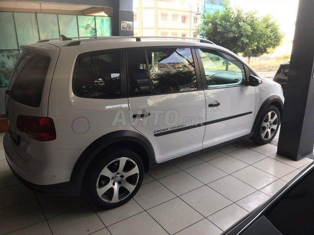 Volkswagen cross touran - 1