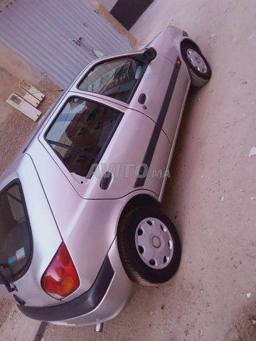 Ford Fiesta - 2