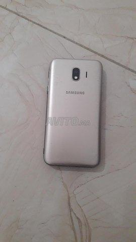 Samsung J4 - 5