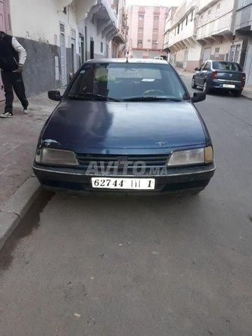 Peugeot 405 - 1