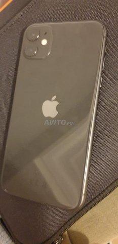 iPhone 11 64 go  - 1