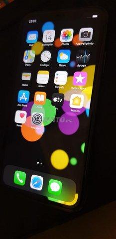 iPhone 11 64 go  - 4