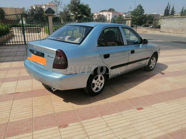 hyundai accent diesel  - 2