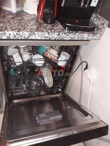 lave vaisselle WHIRLPOOL  gris - 2