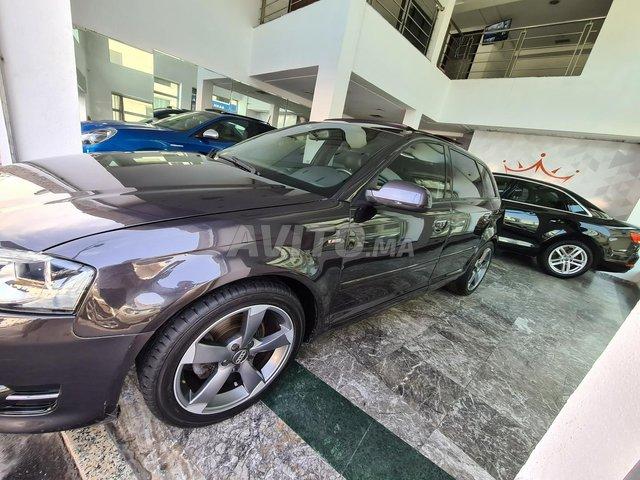 Audi A3 première main S.line tout option  - 2