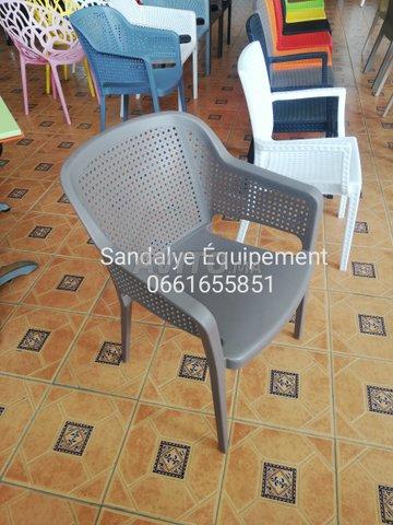 offres chaises et tables cafés - 2