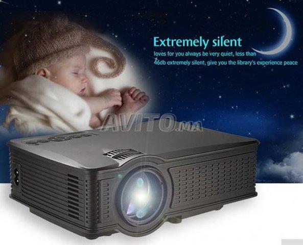 Owlenz LED Home Theatre WIFI Projecteur - 6