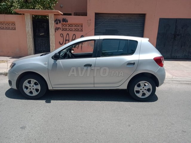 Voiture Dacia Sandero 2016 à marrakech  Diesel  - 6 chevaux