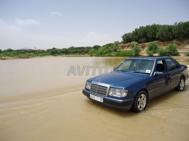 Mercedes-Benz 300D. - 4