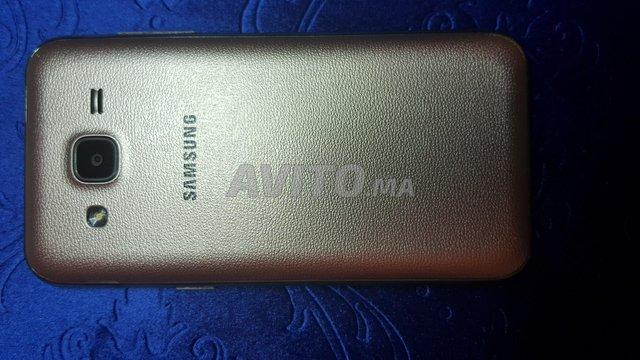 Samsung Galaxy J2 - 2