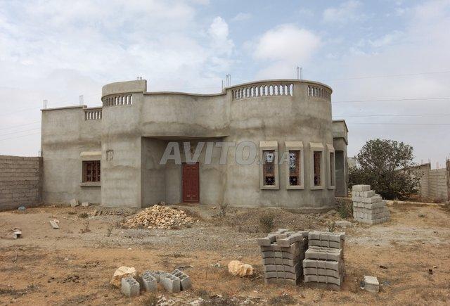Terrain 5000m2 avec villa grands œuvre à Belfaa - 1