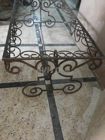 table fer forgé pour jardin et terrasse - 1