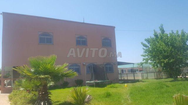 Ferme avec 2 depot 10000m mediouna - 5