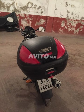 Moto yamaha YBR 125 - 3