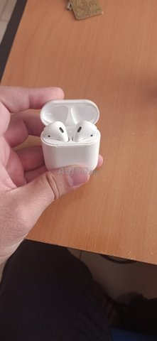 airpods iPhone kit Bluetooth  - 1
