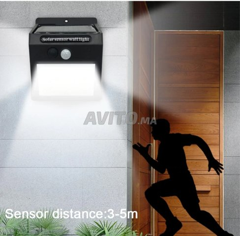 Lampe LED solaire  - 4
