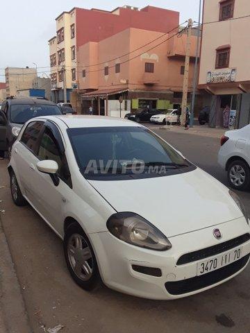 Voiture Fiat Punto 2014 à dakhla  Diesel  - 5 chevaux