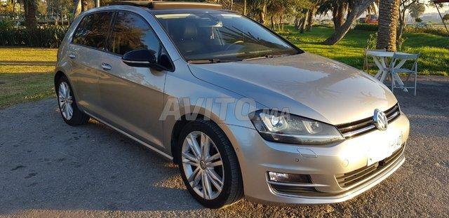 Voiture Volkswagen Golf 7 2014 à tanger  Diesel  - 6 chevaux