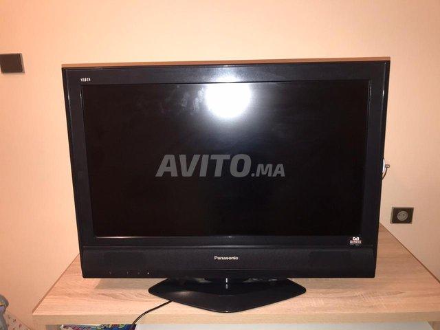 LCD TV panasonic  - 1