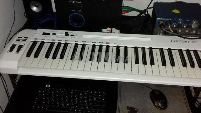 clavier maitre carbon49 - 1