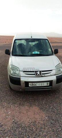 Voiture Peugeot Partner 2003 à boumalne-dadès  Diesel  - 7 chevaux