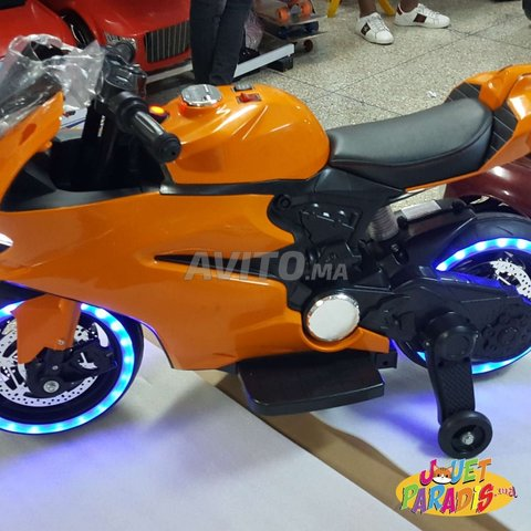 Magnifique MOTO 12Volts Avec Roues Lumineux - 2