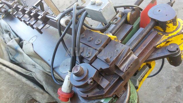 Cintreuse de tubes hydraulique par enroulement - 2