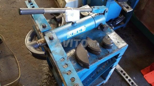 Cintreuse hydraulique électrique et manuelle 139 - 5