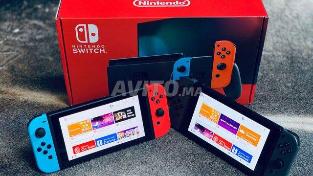Nintendo Switch V2 couleur - 2