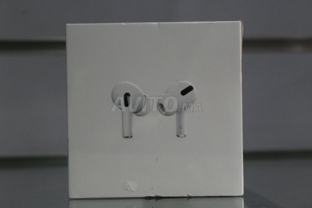 AirPods pro 3 - 1