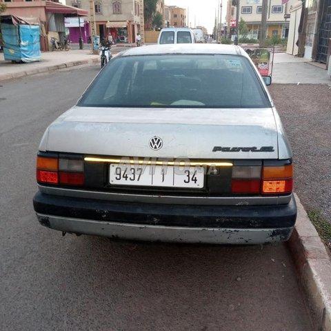 Voiture Volkswagen Passat 1988 à laattaouia-ech-chaybia  Diesel  - 6 chevaux