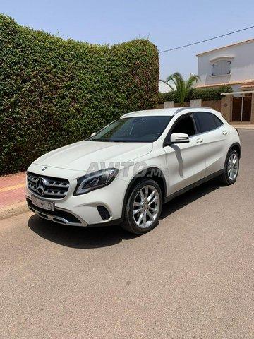 Mercedes GLA - 3