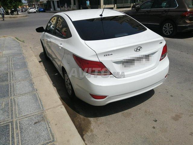 Voiture Hyundai Accent 2016 à kénitra  Diesel  - 6 chevaux