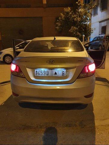 Voiture Hyundai Accent 2013 à agadir  Diesel  - 6 chevaux