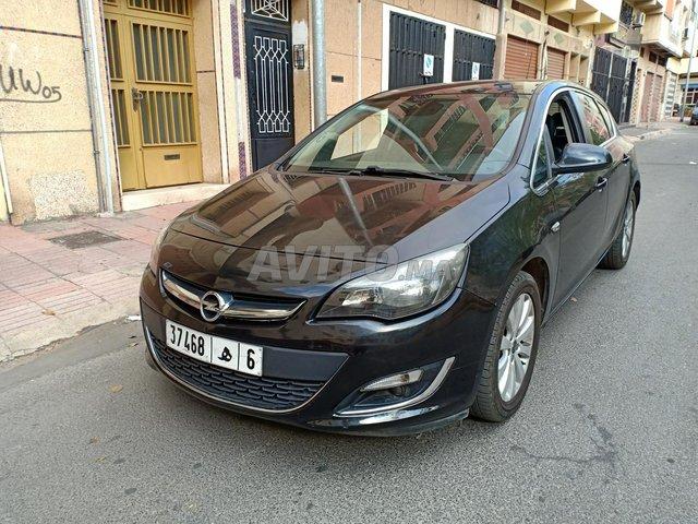 Voiture Opel Astra 2014 à casablanca  Diesel  - 7 chevaux