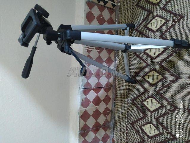 Canon 550d avec 18-135 - 3