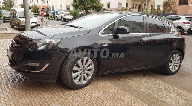 Voiture Opel Astra 2015 à casablanca  Diesel  - 8 chevaux