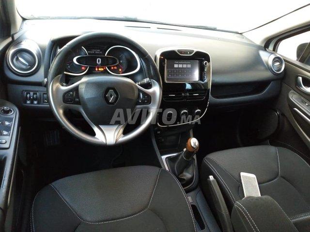 Voiture Renault Clio 2016 à meknès  Diesel  - 6 chevaux