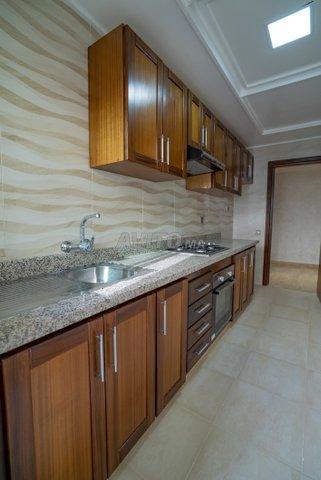 Appartement  de 123 m2  en RDC avec cour  - 5