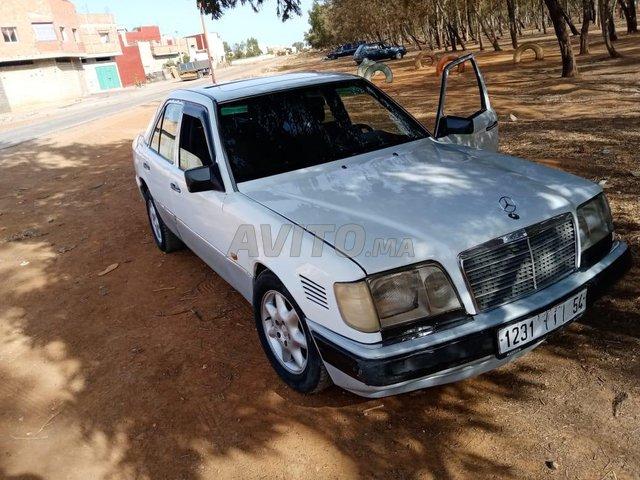 Voiture Mercedes benz R250 1989 à rabat  Diesel