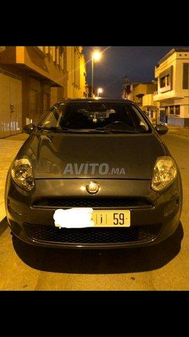 Voiture Fiat Punto 2013 à kénitra  Diesel  - 5 chevaux