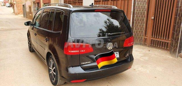 Voiture Volkswagen Touran 2012 à fès  Diesel  - 6 chevaux