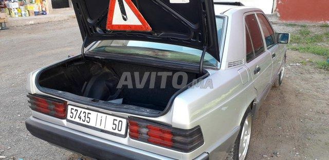 Voiture Mercedes benz R190 1993 à nador  Diesel  - 4 chevaux