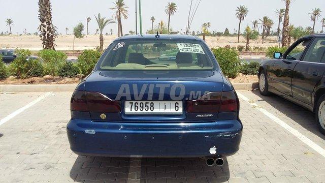 Voiture Honda Accord 2002 à marrakech  Essence  - 11 chevaux