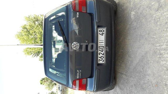 Voiture Volkswagen Golf 4 2003 à fès  Diesel  - 8 chevaux