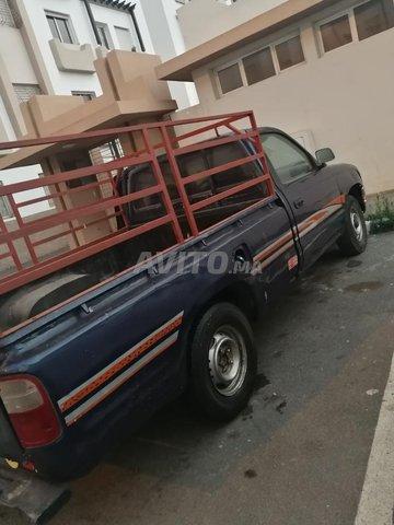 Voiture Toyota Avensis verso 2000 à casablanca  Diesel  - 7 chevaux