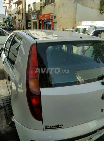 Voiture Fiat Punto 2009 à agadir  Diesel  - 5 chevaux