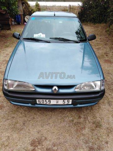 Voiture Renault R19 2000 à kénitra  Essence  - 8 chevaux