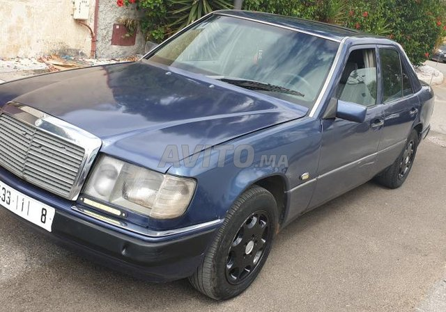 Voiture Mercedes benz R250 1989 à rabat  Diesel  - 10 chevaux